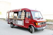 Pannek seine Budike – Foodtruck – Eisbeinwagen – fertig – 2